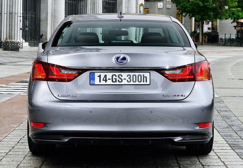GS 300h Edition