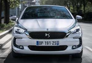 DS DS5 1.6BlueHDi S&S Style 120