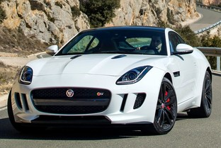 JAGUAR F-Type Coupé 5.0 V8 First Edition Aut. 450