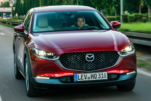 MAZDA CX-30 2.0 Skyactiv-G Evolution 2WD 90kW