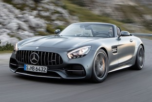 MERCEDES-BENZ AMG GT Roadster 476