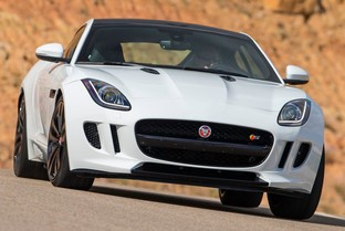 JAGUAR F-Type Coupé 5.0 V8 R-Dynamic AWD Aut. 450
