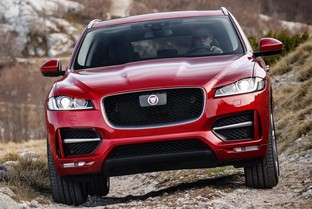 JAGUAR F-Pace 2.0 i4 Chequered Flag Aut. AWD 250