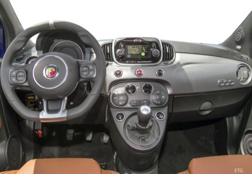 Abarth 595C 1.4T-Jet Monster Energy Yamaha Aut. 121kW