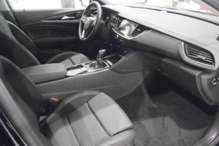 OPEL Insignia 1.5 T XFT S&S Innovation Aut. 165
