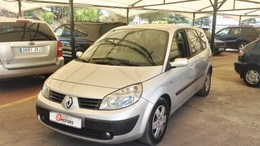 RENAULT Scénic Grand 1.9dCI Confort Expression 130