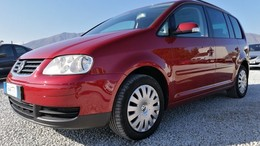 VOLKSWAGEN Touran 2.0TDI Advance DSG