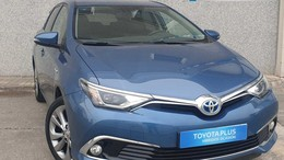 TOYOTA Auris  1.8 140H HYBRID Advance