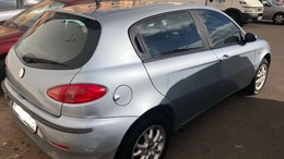 ALFA ROMEO 147 1.6 Progression