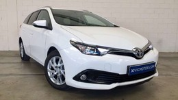 TOYOTA Auris Touring Sports 90D Active