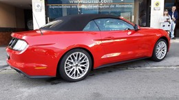 FORD Mustang Cabrio  ECOBOOST