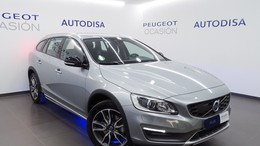 VOLVO V60 Cross Country T5 Momentum AWD Aut.