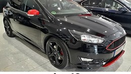 FORD Focus 1.5 Ecoboost T Black&Red Edition 182