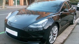 TESLA Model 3 Long-Range Dual Motor Performance AWD