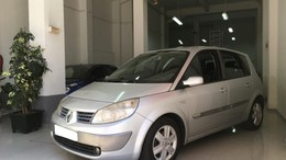RENAULT Scénic II 1.5DCI Confort Authentique 100
