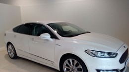FORD Mondeo 2.0 TDCi 132kW PowerShift Vignale Sedán
