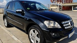 "MERCEDES-BENZ Clase M ML 300 CDi 4MATIC ""BLUE EFFICIENCY"""