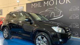 TOYOTA RAV-4 2.2D-CAT Executive Cross Sport Aut.