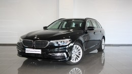 BMW Serie 5 520iA Touring Luxury