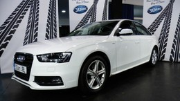 AUDI A4 2.0TDI CD S line edition Multitronic 190 (0.00)