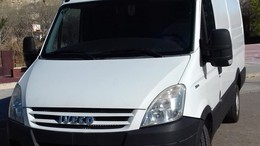 IVECO Daily Ch.Cb. 35C15 Transversal 4100RD