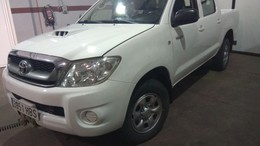 TOYOTA Hilux 2.5D-4D Cabina Doble GX