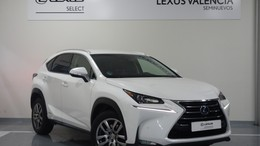 LEXUS NX 300h Executive 4WD + Navibox