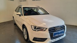 AUDI A3  Sportback 1.2 TFSI Attraction Ed. espec.