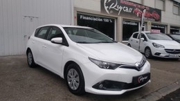 TOYOTA Auris 90D Business