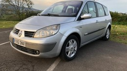 RENAULT Scénic Grand 1.9dCi Luxe Privilege