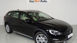 VOLVO V60 Cross Country D4 Summum AWD Aut.