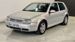 VOLKSWAGEN Golf 2.0 Highline