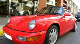 PORSCHE 911 3.6 Carrera 4 Coupé