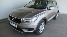 VOLVO XC40  Business Plus 2WD 2.0  Automatico