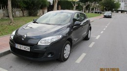 RENAULT Mégane 1.6 Authentique