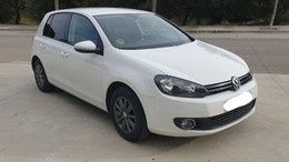 VOLKSWAGEN Golf 1.6TDI CR Advance BMT DSG 105