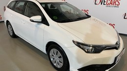 TOYOTA Auris Touring Sports 90D Business