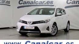 TOYOTA Auris 130 Active