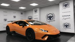 LAMBORGHINI Huracán LP 640-4 Performante