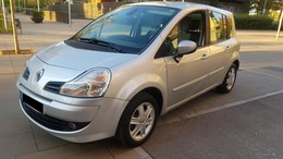 RENAULT Modus Grand 1.5DdCi Authentique eco2