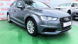 AUDI A3 Sedán 1.6TDI Attraction