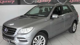MERCEDES-BENZ Clase M ML 250BlueTec 4M 7G Plus (9.75)