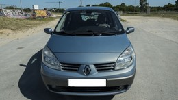 RENAULT Scénic Grand 1.9dCI Luxe Privilege 130