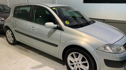 RENAULT Mégane 1.6 Confort Authentique