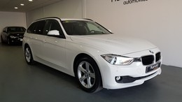 BMW Serie 3 318d Touring Essential Plus Edition