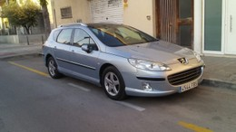 PEUGEOT 407 SW 2.2HDI ST Confort Pack