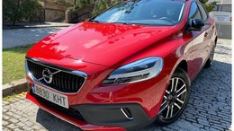 VOLVO V40 Cross Country D3 Plus Aut. 150
