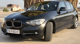BMW Serie 1 118dA Essential Edition