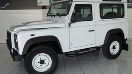 LAND-ROVER Defender 90 SW SE