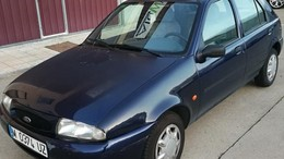 FORD Fiesta 1.3i Tattoo